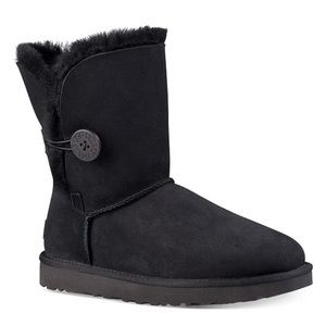 UGG Women's Bailey Button II Boots